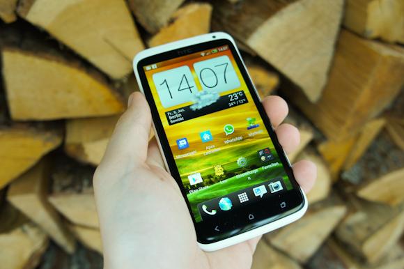 HTC One X: Unboxing und erster Eindruck