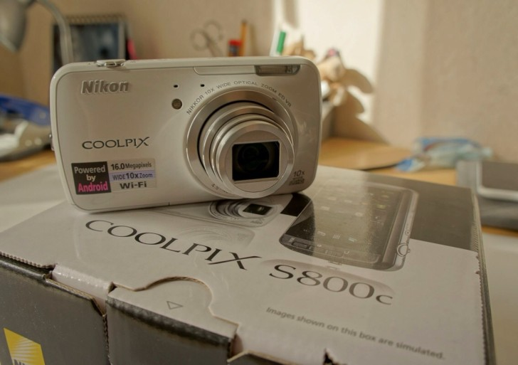 Video: Nikon Coolpix S800c Android Kamera ausgepackt & erster Eindruck