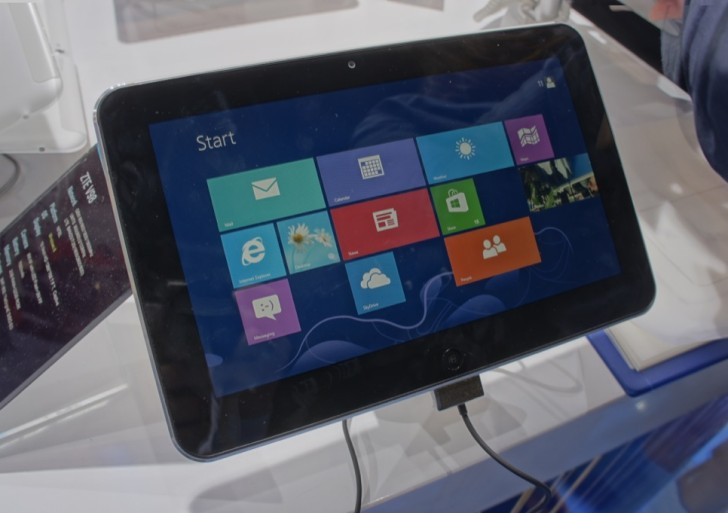 MWC: ZTE V98 Windows 8 Tablet mit 10 Zoll im Kurztest