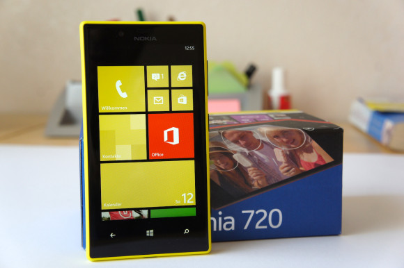 Nokia Lumia 720 Gelb Yellow Unboxing