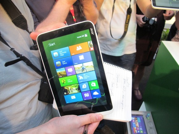Acer Iconia W3 Tablet mit Windows 8