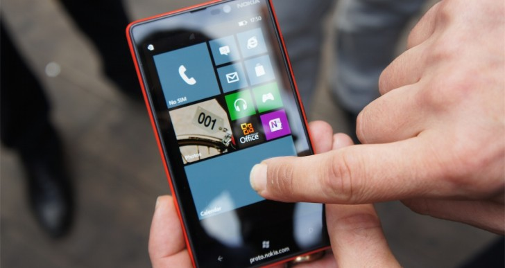Nokia Lumia 820 vorgestellt & Kurztest (Video)